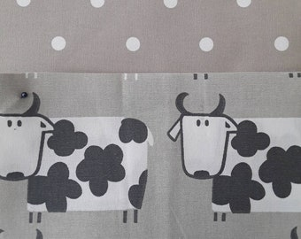 Teacher Bag Moo Moo COWS with choice of polka dot fabric 3 or 6 pockets Crossbody Bag for PPE sanitiser mask classroom supplies Teacher gift