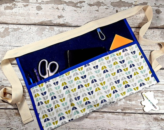 DENIM Teacher Apron Scandi retro fabric pocket Vendor apron Teacher Utility Belt Pocket apron Teacher Christmas gift Ready to Post
