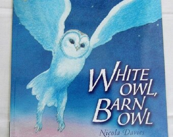White Owl Barn Owl by Nicola Davis New Paperback book Childrens NON Fiction Picture Book Lifecycle