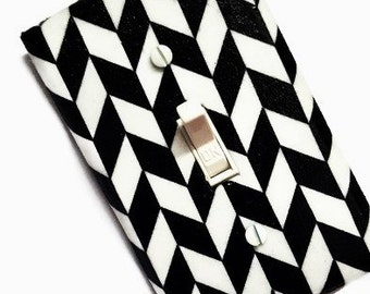 Geometric Home Décor / Geometric Black and White / Light Switch Cover / Geometric Wall Art / Suiteplat