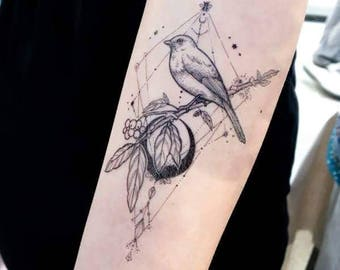 LAZY DUO Black Moon Bird Tattoo Vintage Swallow Animal Flash Realistic Bohemian Gothic Sticker Small