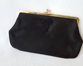 Pochette de soirée satin noir brodée vintage - 12956