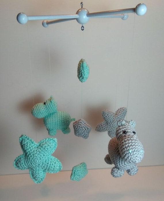 Crochet bébé Hippo mobile, idée cadeau, chambre bébé, star mobile ...