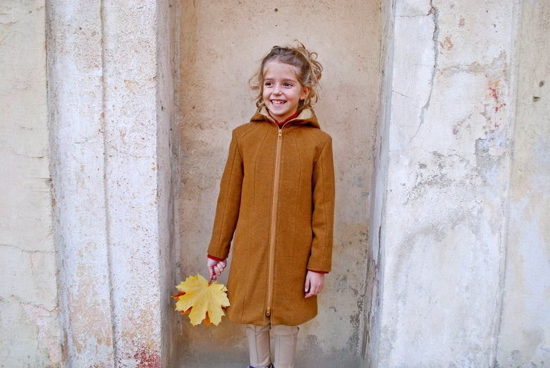 e9022db37392 Girls winter coat Wool coat Fitted coat Trench coat Hooded