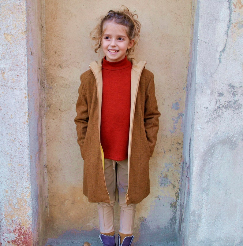 Girls winter coat/Wool coat/Fitted coat/Trench coat/Hooded image 0