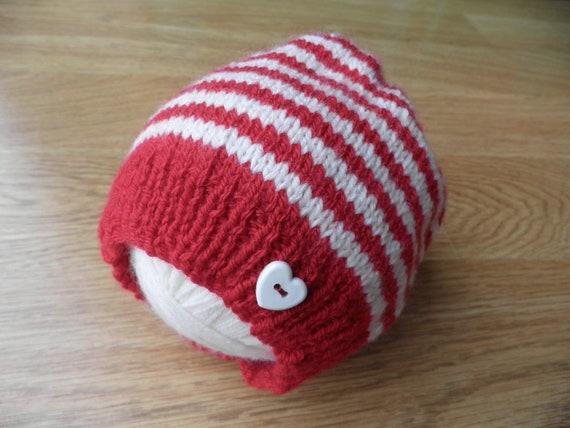 Red and cream baby hat Christmas hat stripy baby boy s  6b508b3905b5