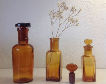 Apothecary bottles / of apothecary Bottle