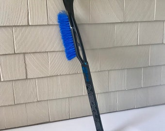 BAUER Nexus 2N Pro Hockey Stick SNOW BRUSH & Scraper