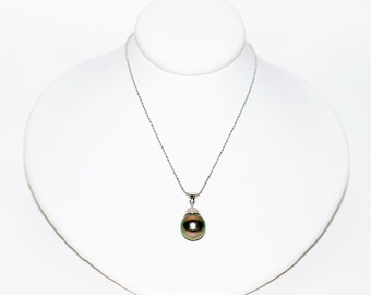 Black Tahitian Pearl 9mm 14kt White Gold Pendant Women's Necklace