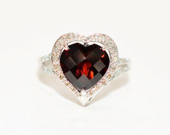 Garnet & Diamond 4.24tcw 10kt White Gold Pave Heart Statement Women's Ring