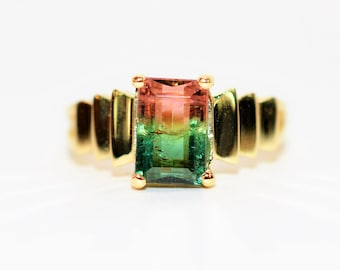 Watermelon Tourmaline 1.48ct 14kt Yellow Gold Solitaire Gemstone Cocktail Ring