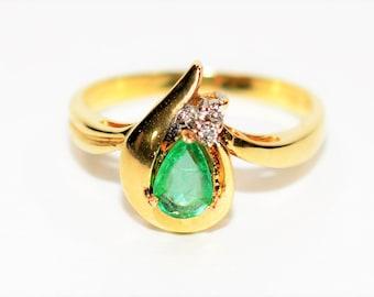 Colombian Emerald & Diamond .52tcw 14kt Yellow Gold Statement Women's Ring