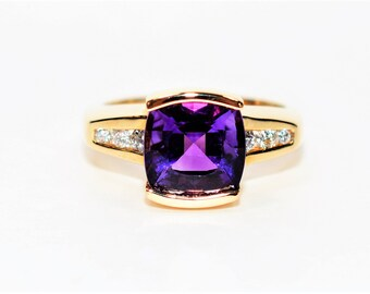 Siberian Amethyst & Diamond 3.21tcw 14kt Yellow Gold Statement Women's Ring