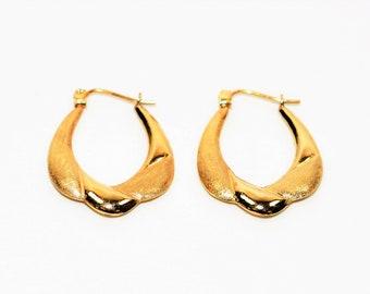 14kt Yellow Gold 5.50mm Twist Matte Textured Hoop Statement Women's Earrings