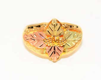 Black Hills Gold 10kt Yellow Gold Leaf Vine Nature Statement Men's Ring