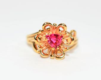 Pink Tourmaline 1ct 14kt Yellow Gold Flower Solitaire Women's Ring