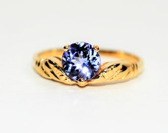 Tanzanite 1.09ct 14kt Yellow Gold Solitaire Women's Ring