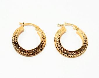 14kt Yellow Gold 19mm Textured Hoop Statement Women's Earrings