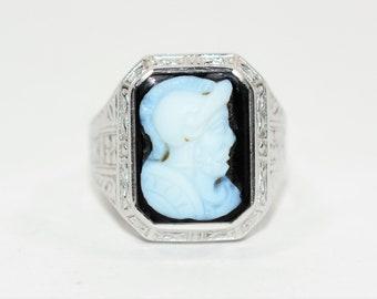 White Chalcedony & Onyx 10kt White Gold Intaglio Cameo Roman Soldier Men's Ring