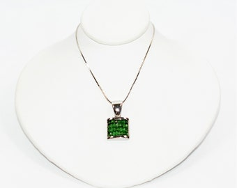 Colombian Emerald 2tcw 14kt White Gold Cluster Pendant Women's Necklace