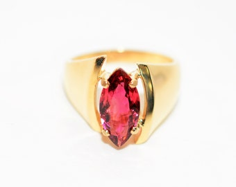Rubellite Tourmaline 2.05ct 14kt Yellow Gold Solitaire Marquise Gemstone Women's Ring