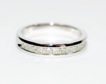 Diamond .72tcw 14kt White Gold Wedding Band Women's Ring