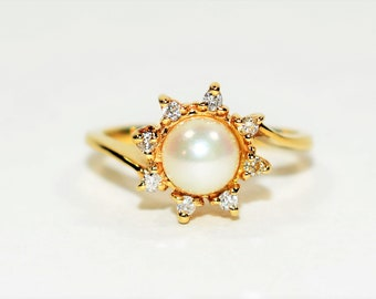Akoya Pearl & .12tcw Diamond 14kt Yellow Gold Flower Statement Women's Ring
