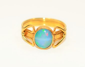 Opex Ethiopian Welo Opal 1.70ct 18kt Yellow Gold Solitaire Vintage Women's Ring