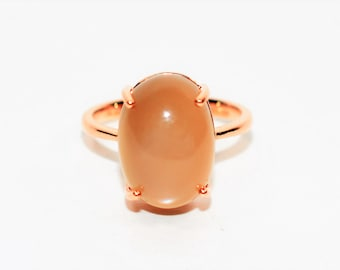 Moonstone 14kt Rose Gold Solitaire Gemstone Cocktail Fashion Women's Ring