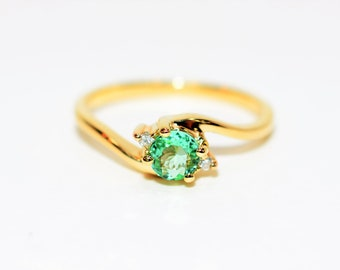 Paraiba Tourmaline & Diamond .47tcw 14kt Yellow Gold Gemstone Women's Ring