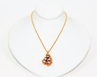 Diamond .40tcw 14kt Yellow Gold Golden Nugget Cluster Pendant Necklace