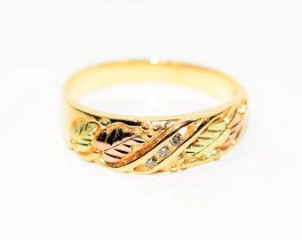 Diamond .06tcw 10kt Yellow Gold Black Hills Leaf Vine Nature Men's Band Ring