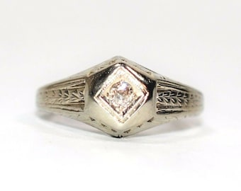 Diamond .05ct 18kt White Gold Engagement Solitaire Antique Women's Ring