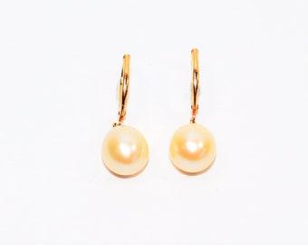 South Sea Pearl 9mm 14kt Yellow Gold Dangle Drop Women's Earrings