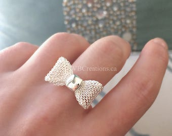 Bow Tie Ring - Bow Ring - Bow Jewelry - Node - Ajustable Ring - Silver - Gold - Little Bow - Gift Ideas - Best Friend Gift - Sister gift