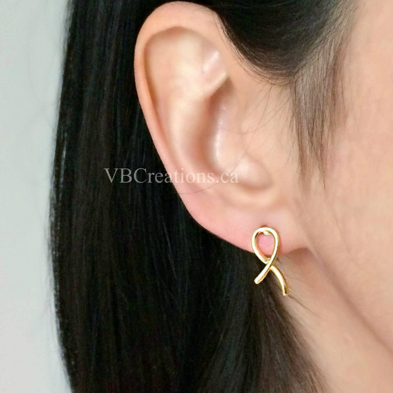Solidarity Earrings Sister Gift Breast Cancer Survivor Jewelry Bow Earrings Mother Gift Dainty Silver Node Ribbon Gold