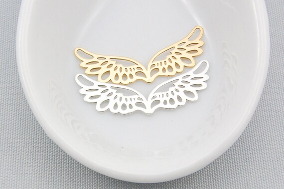 BUTTERFLY WITH LINED WINGS 3D .925 Solid Sterling Silver Charm