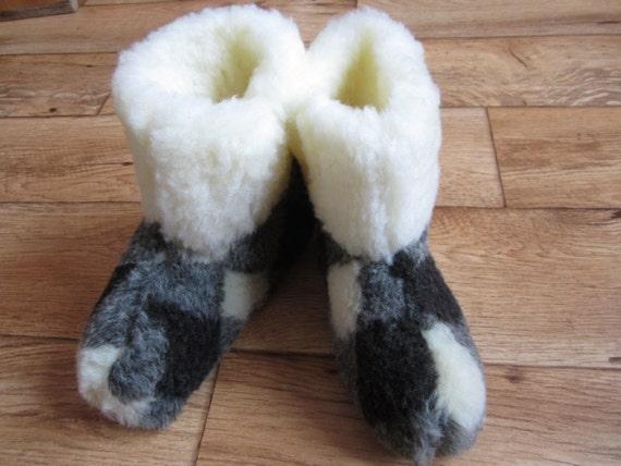 020c87bdf745 women wool botees.Cosy boots.Sheepskin slippers.warm