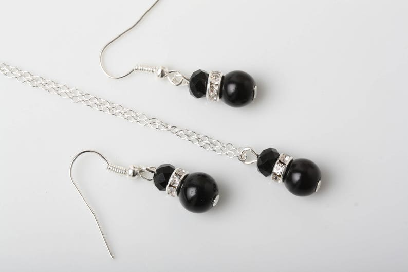 Black pearl earrings and necklace set bridesmaid gift Bridesmaid jewelry set Black jewelry set mother of the bride or groom gift