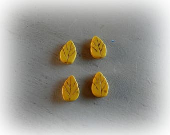 4 beads leaf yellow howlite, 13 * 9 mm, yellow