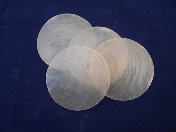 "Set of 30 Crafts Windchime 30 White Capiz Shell Round Pendants Discs 1/"""