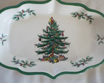 English Spode Green trim scalloped Christmas bowl scalloped Victorian Christmas