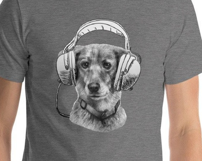 Funny dog with headphones Loud Music lover Good Beats Adult Humor Cute Dog Lover Gift Tshirt