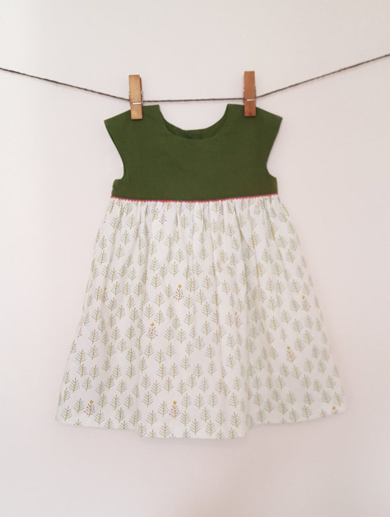 3T Geranium Dress image 0