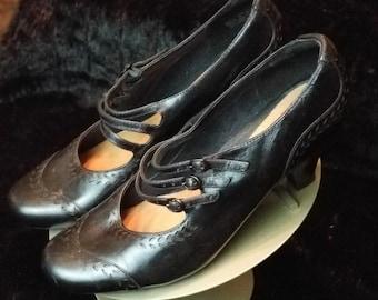 Vintage Style Shoe Size 10