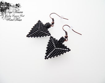 Black triangle earrings Beaded earrings Geometric earring Xmas Gift Beadwork Modern Earring Birthday Gift Girlfriend Gift Simple Earrings