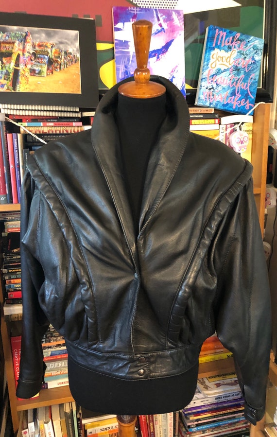 80's Cropped Black Leather Jacket