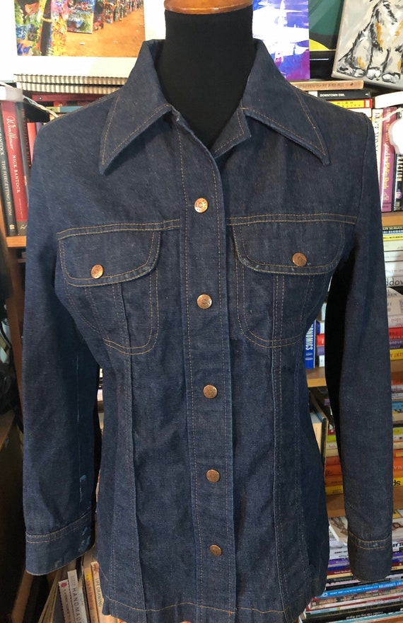 """70's Ms. Lee Snap Front Denim Shirt with """"Rambling"""