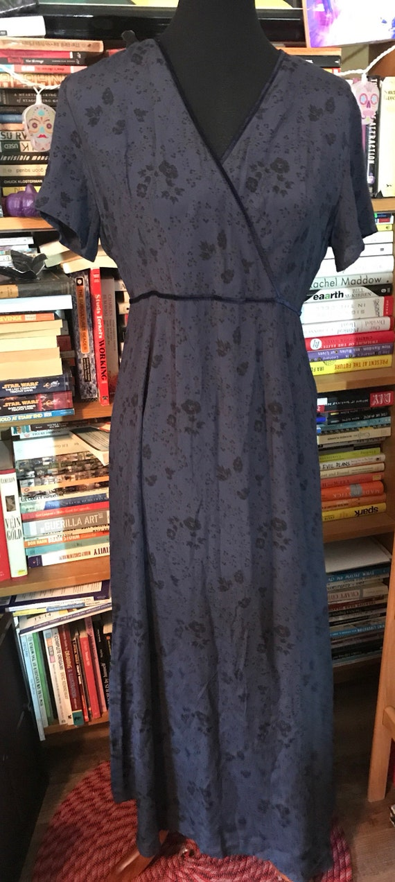 ebe1d8f764 90's Gap Rayon Floral Short Sleeve Wrap Front Dress with Velvet Trim