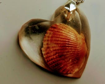 Heart shaped resin embedded seashell necklace